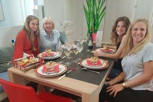 Market tour & cooking class